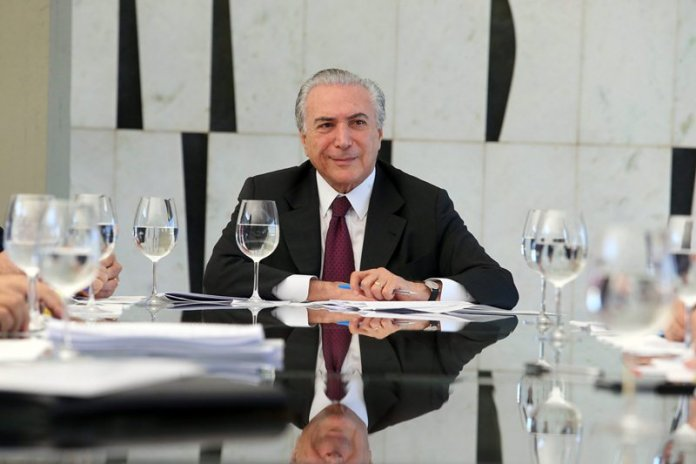 Temer confunde